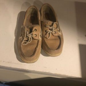 Well loved Sperry boat shoes